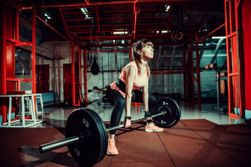 Musculação feminina que tal ter corpo bonito e muito bem-estar