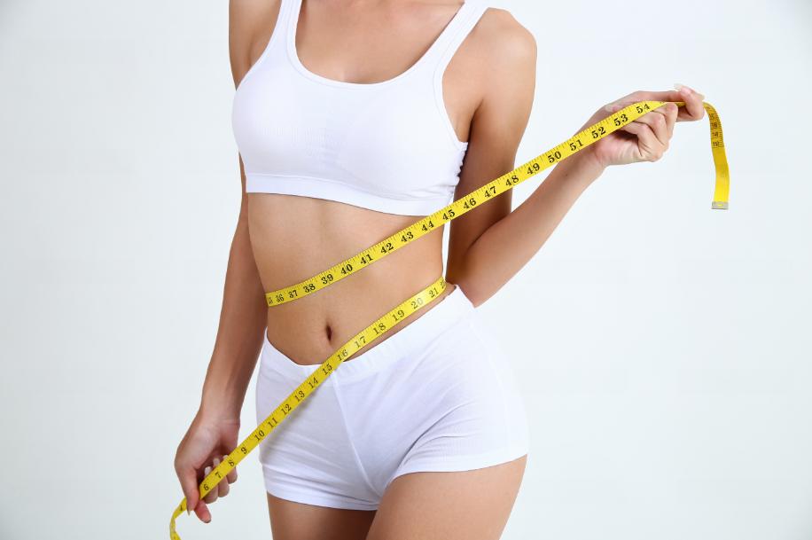Quer uma perda de peso de maneira definitiva? Porém, saiba que não adianta fazer qualquer coisa que se vê por aí na internet.